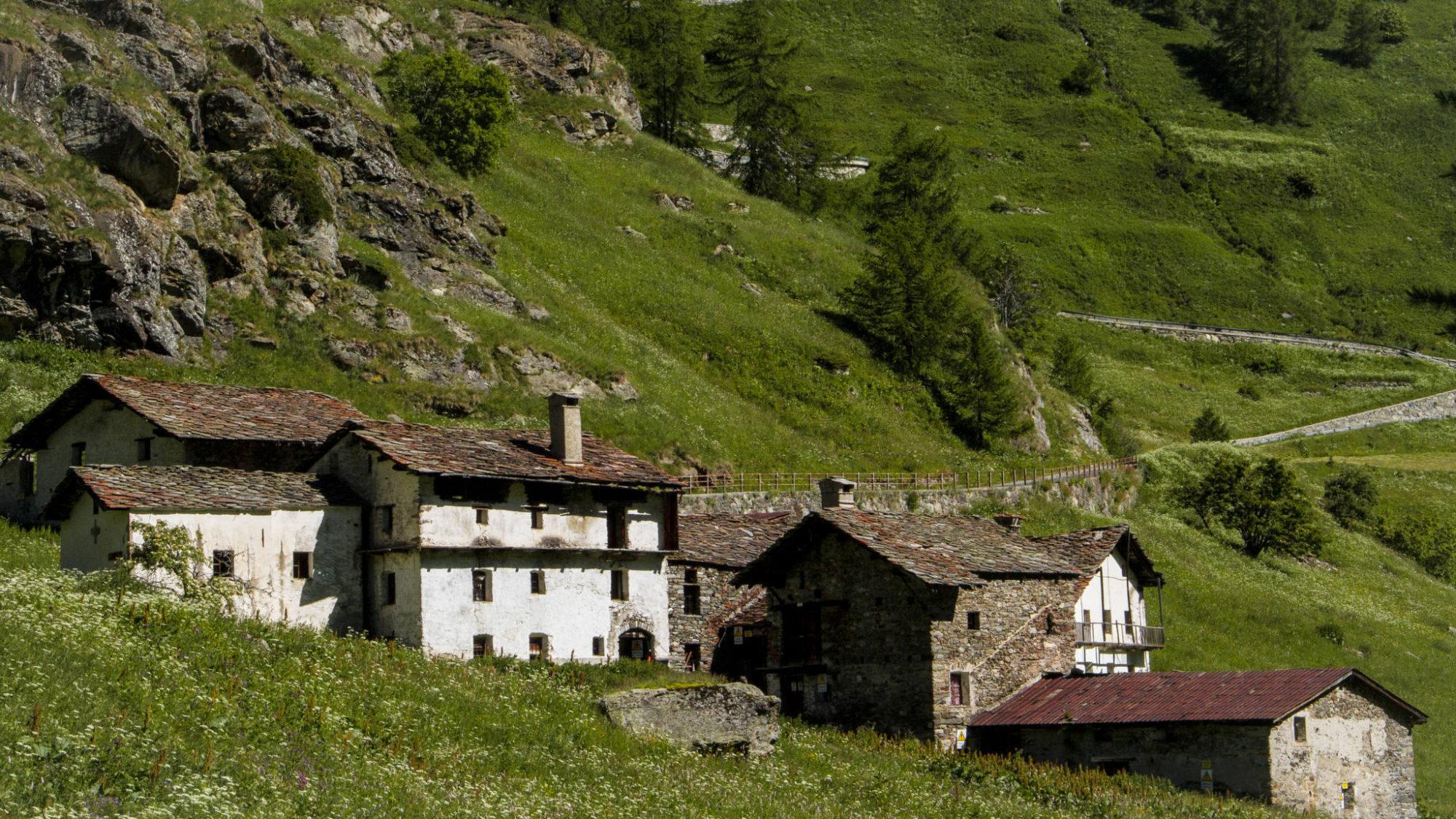 Hameau de Surier dans le Valgrisanche