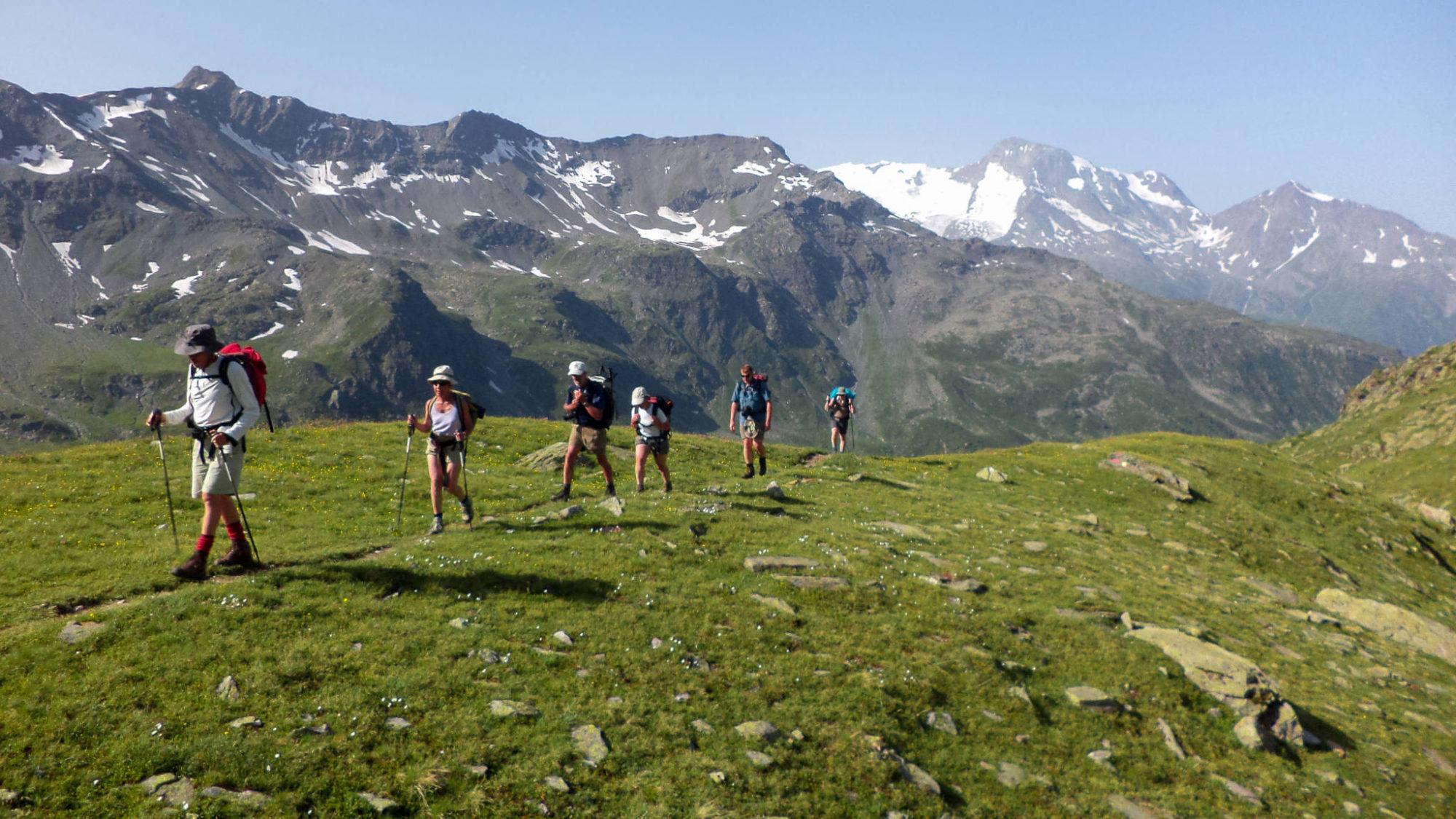 La montée au lac noir et le Mont-Pourri en toile de fond