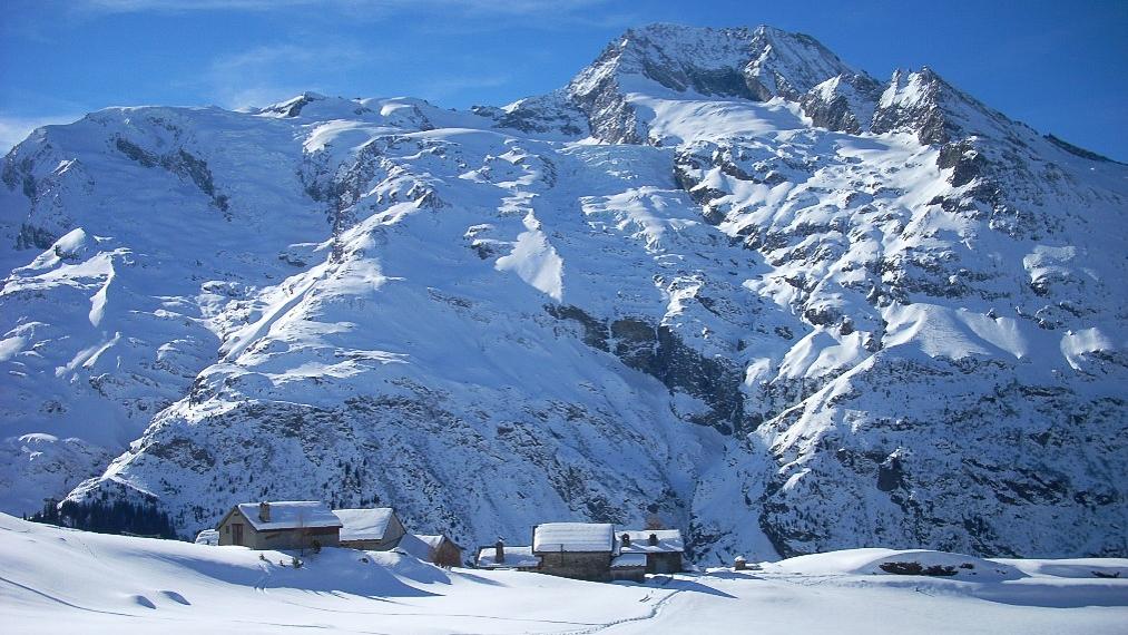 Dôme de la Sache, Mont-Pourri et face nord de Turia