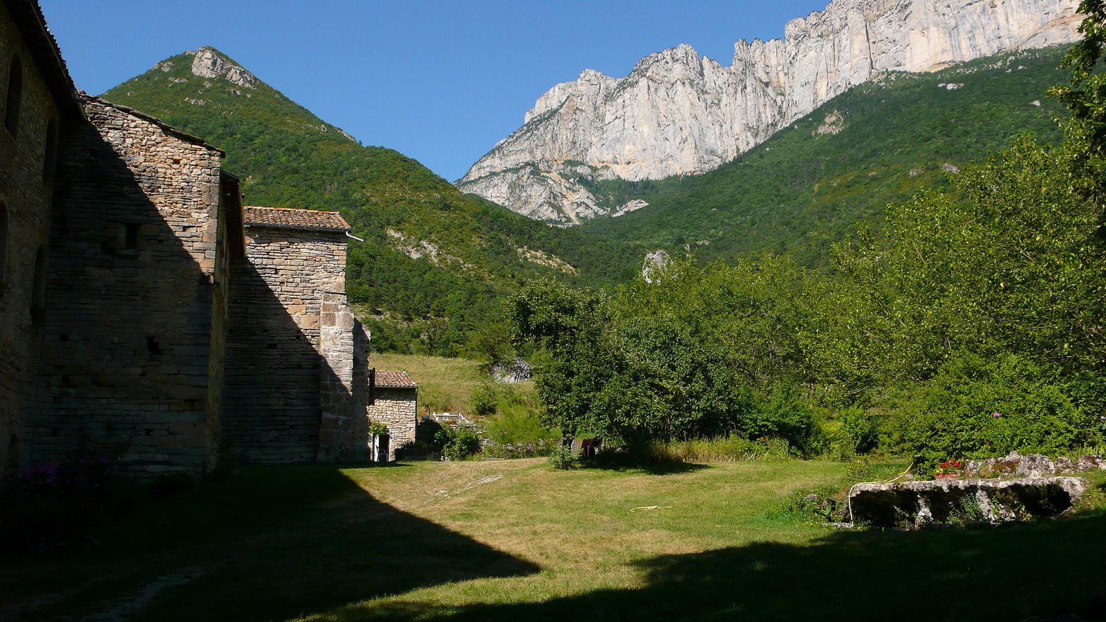 Sur les pas des Huguenots, l'Abbaye de Valcroissant
