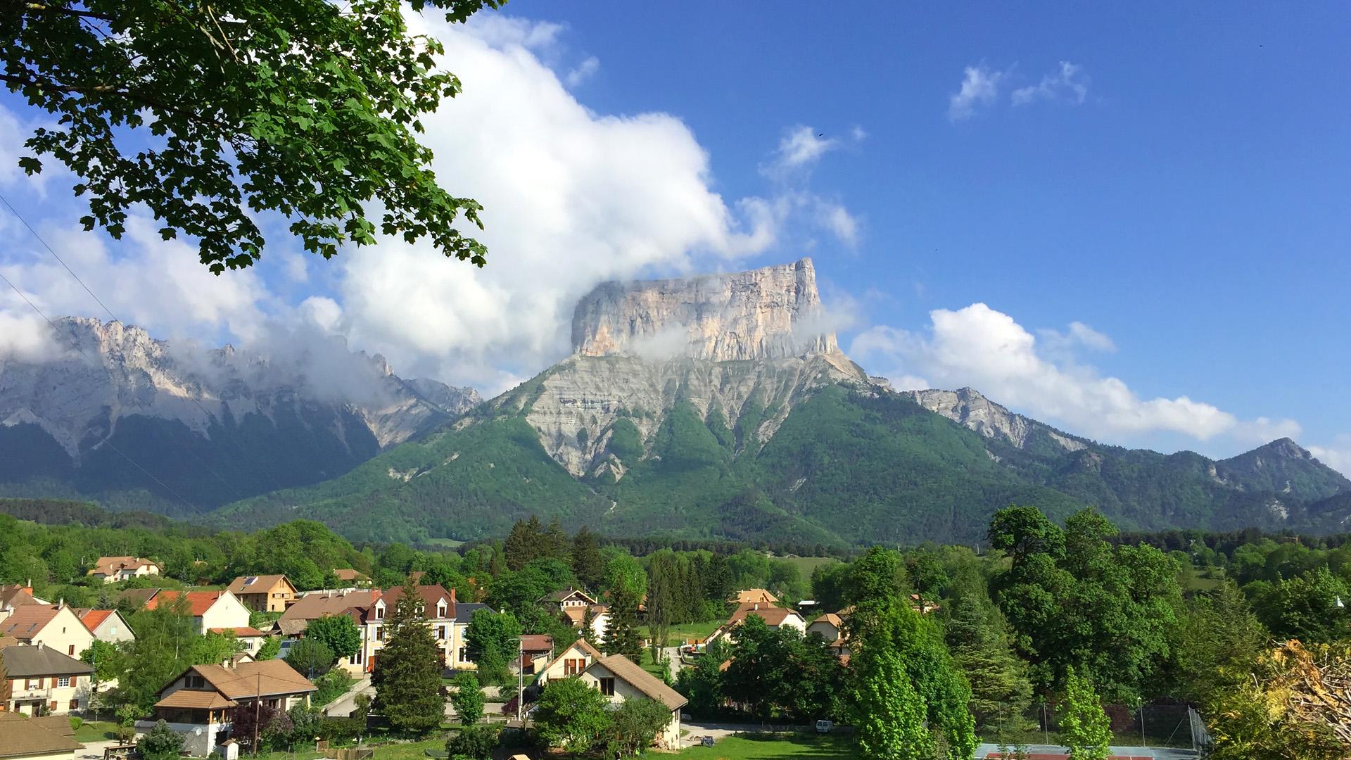 Randonnée et tour du Mont AIguille !
