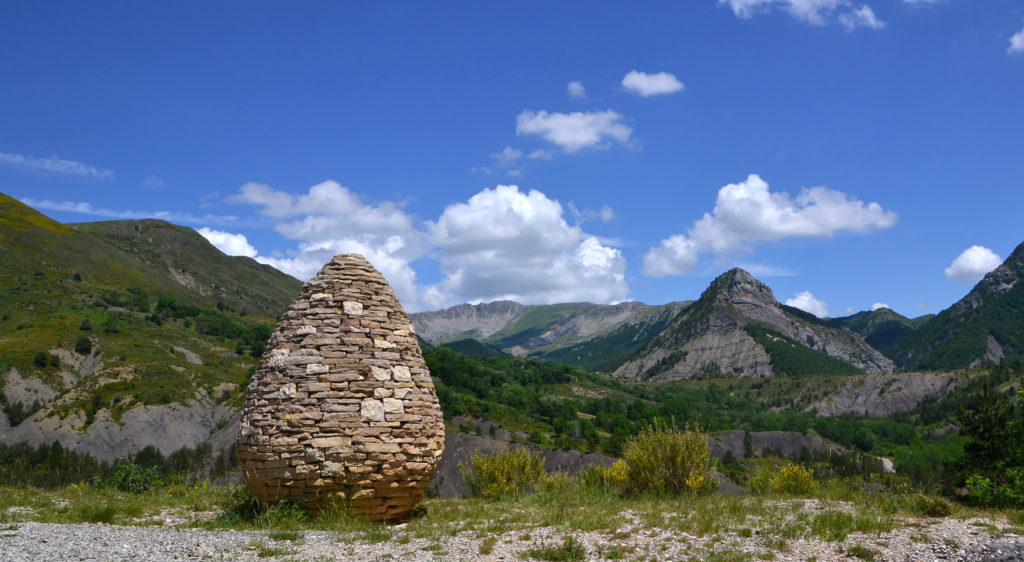 La Sentinelle du Vanson, l'une des oeuvres de cette rando Land Art