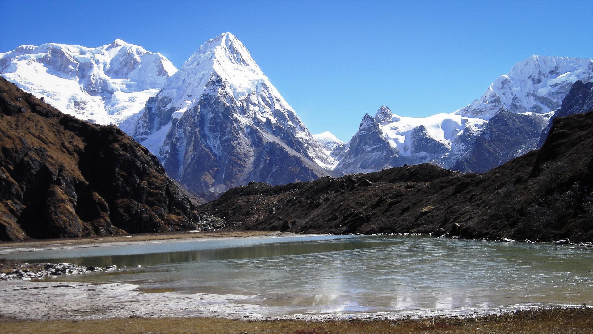 Fantastique paysage sur le trek du Kanchenjunga