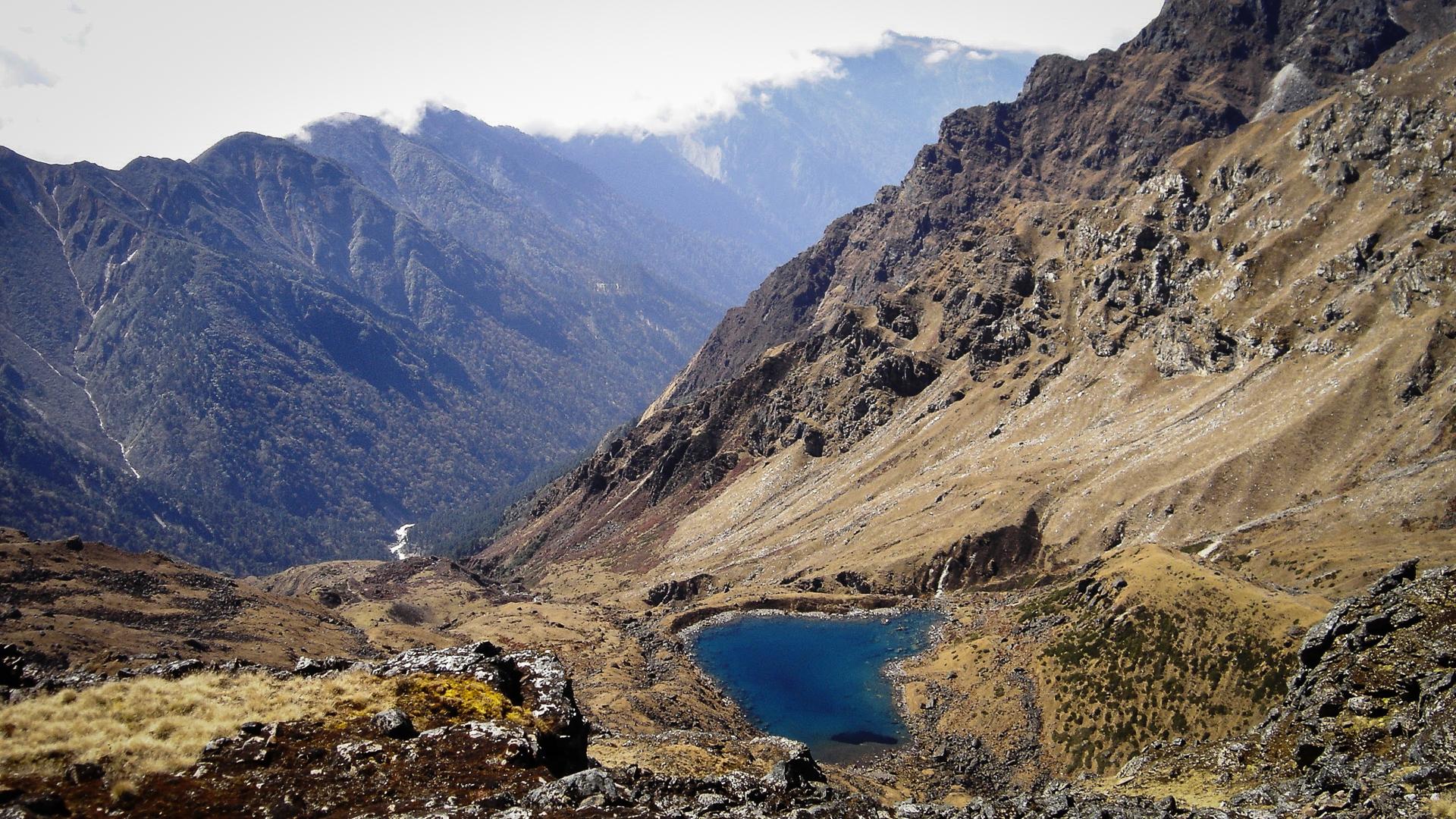 Ambiance sauvage sur le trek du Kanchenjunga